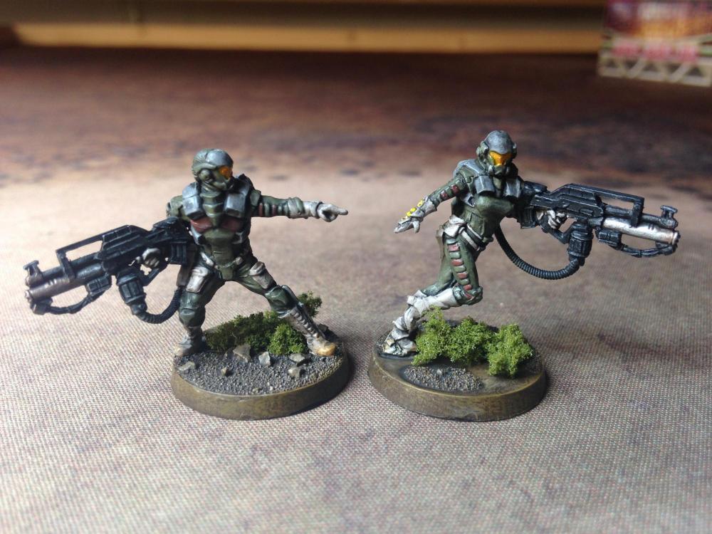 04 Naffatun Rifle + Light Flamethrower I.JPG