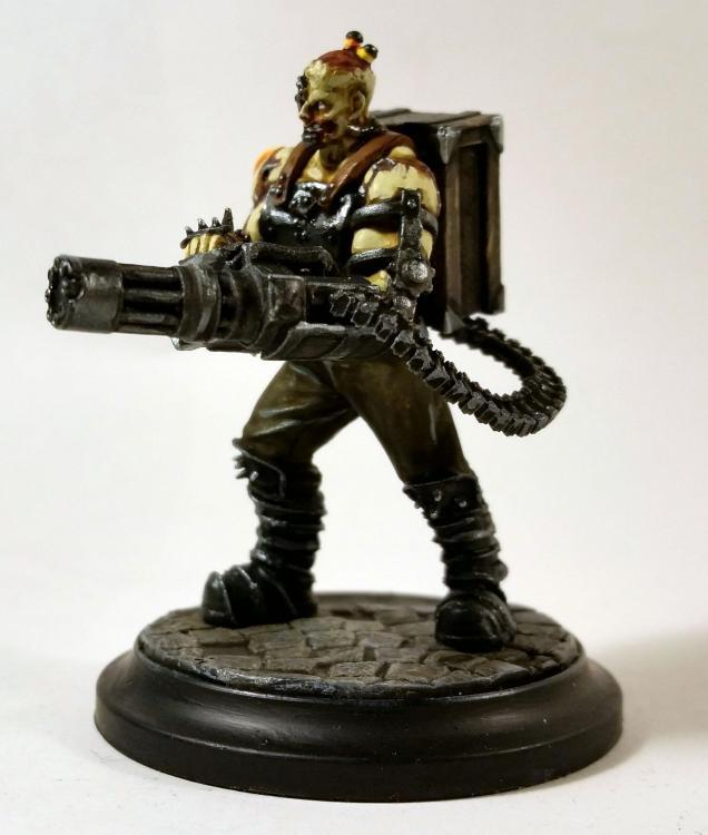 Brute (mit Gatling Gun)