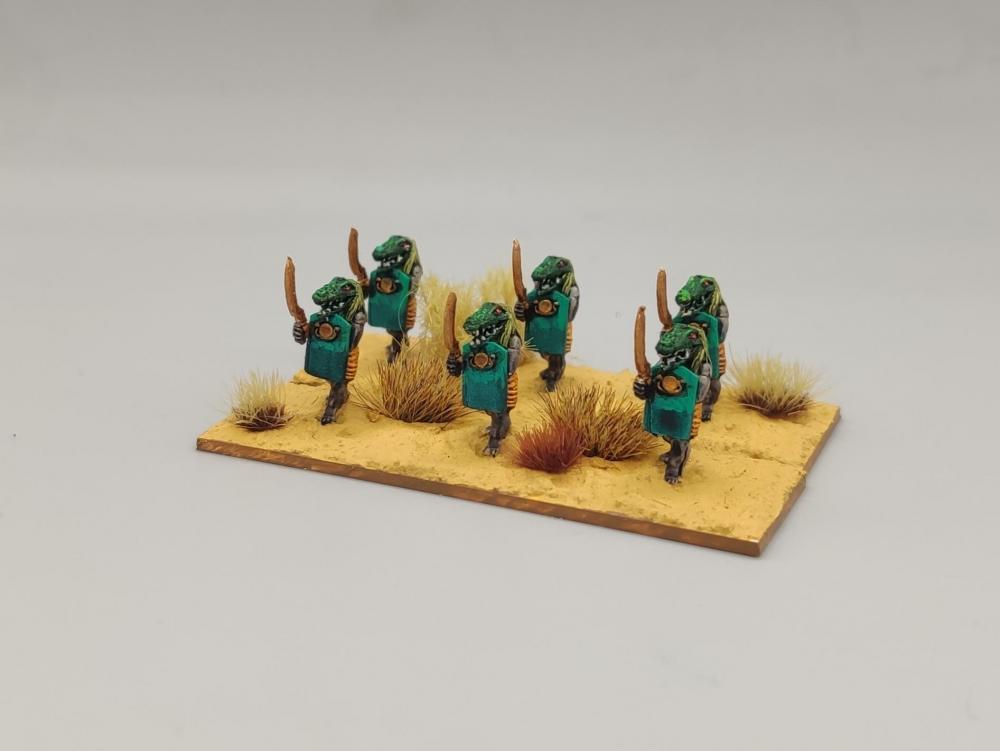 Kaldour_Guard.thumb.jpg.afbb0bab18d966b05c28f794f38039f2.jpg