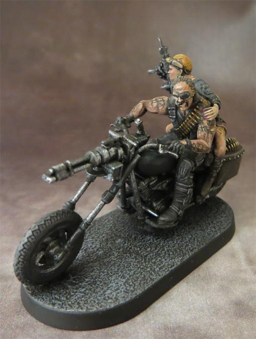 63_biker_boss_02.jpg.5ba5803d1d633b745ee42a7f442d18c3.jpg